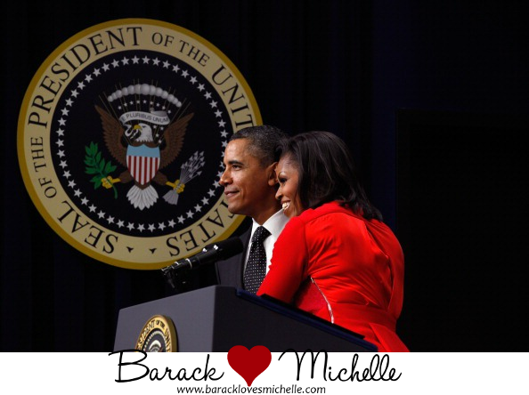 barack and michelle obama hugging