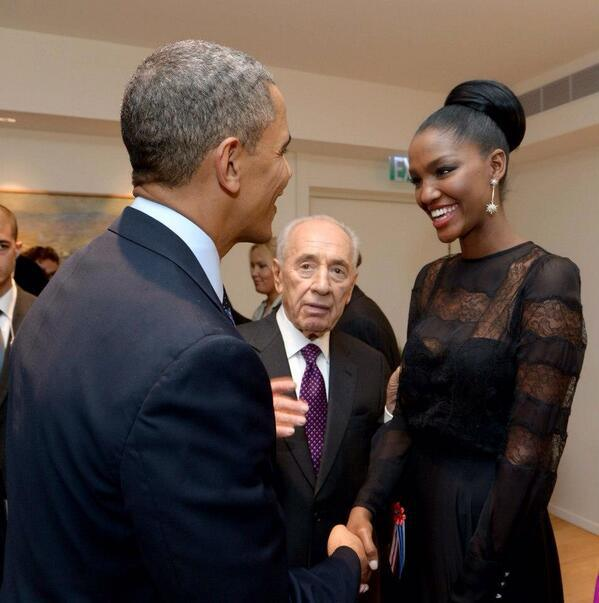 picture of president obama and yityish aynaw