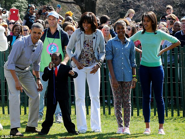 obama family easter roll