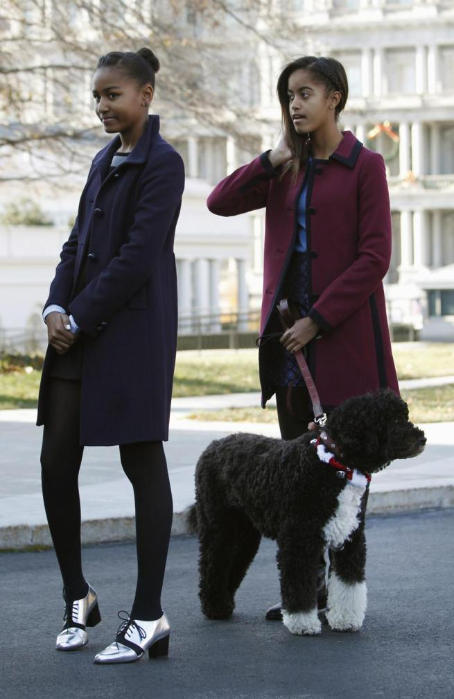 sasha and malia obama 2013