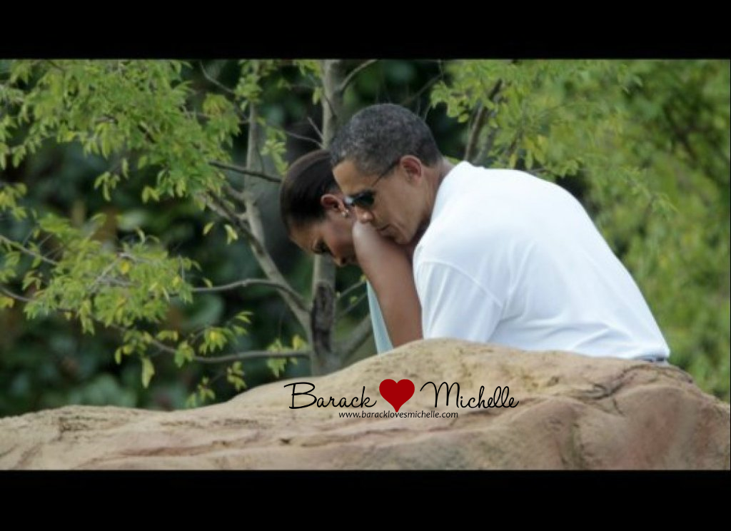 barack-and-michelle-pda