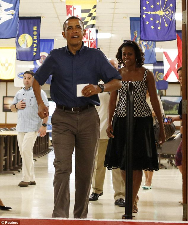 president obama hawaii marine base