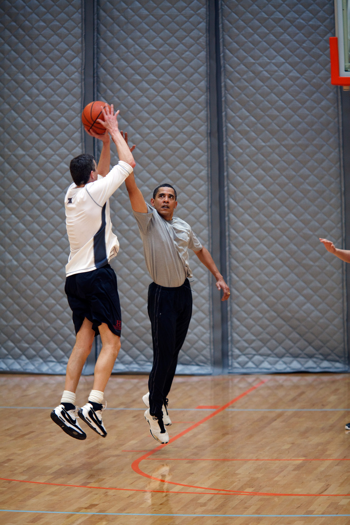 obama arne duncan basketball